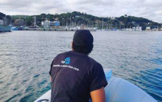 Taller móvil en puerto para barcos